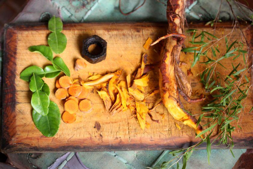 A board of dye plants